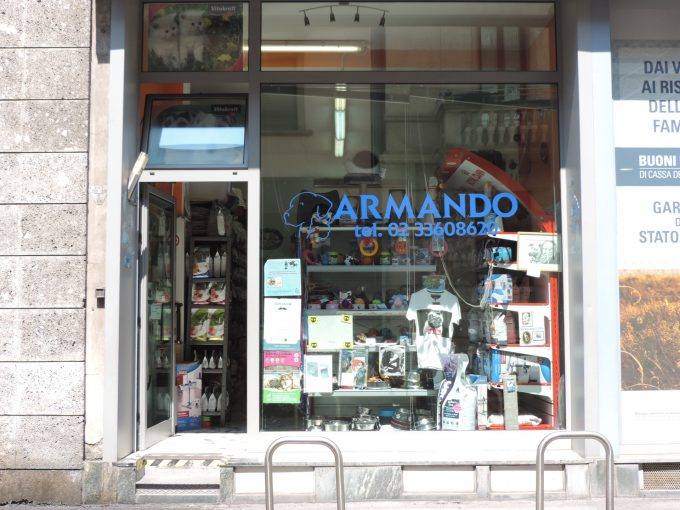 ALIMENTI PER ANIMALI PROLIFE ROYAL CANIN CITY LIFE PAGANO CORSO SEMPIONE ARMANDO